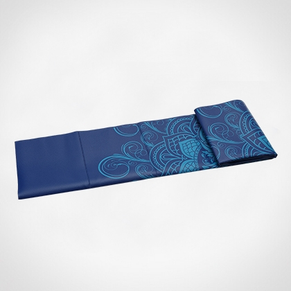 Foldable travel mat